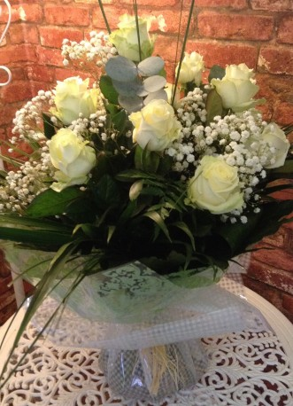 12 White Rose Hand Tied